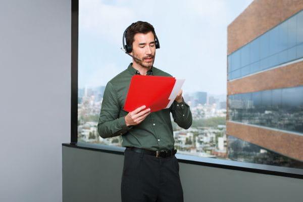 Logitech Headsets, Kopfhörer, Lautsprecher. Mikros 981-000512 2